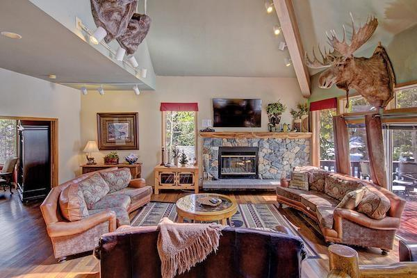 Top 10 Vacation Rentals For Large Groups