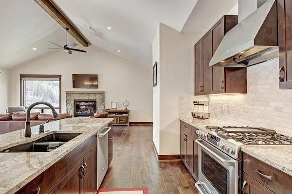 Top 10 SkyRun Vacation Rentals with Marvelous Kitchens